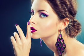 How to use Ultra Violet, the Pantone Color of the Year in your beauty regime.