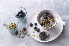 Blueberry and tofu cream