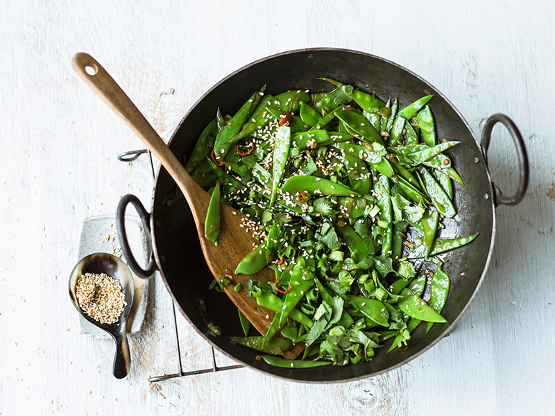 snow peas with ginger and chilli