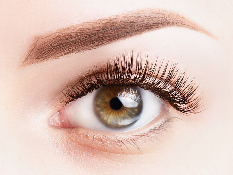 DIY eyelash extensions: Mascara tricks to get longer lashes at home