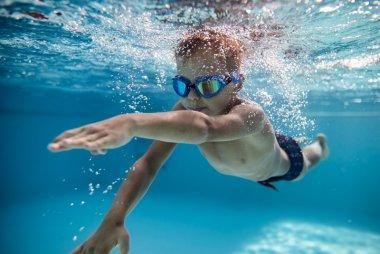 children's swimming lessons
