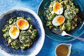green breakfast salad